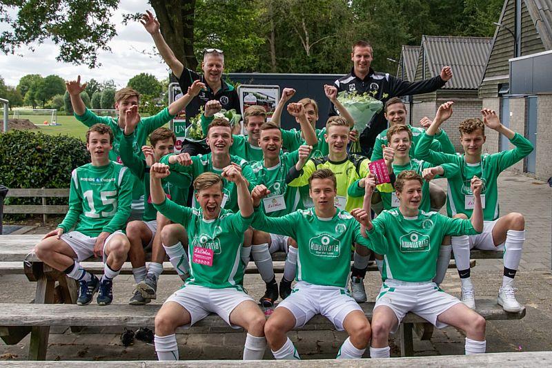 SV Borger JO17-1 promoveert naar de hoofdklasse