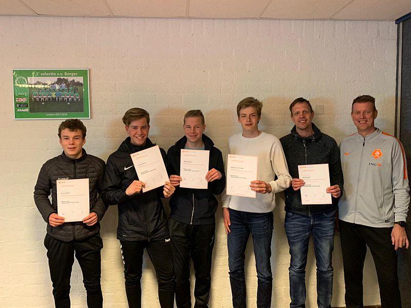 Gediplomeerde jeugdtrainers bij SV Borger